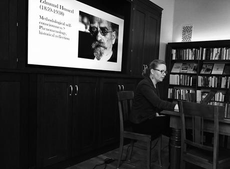 Postdoctoral Fellow Mirja Hartimo during a lunch seminar at CAS, talking about Edmund Husserl.